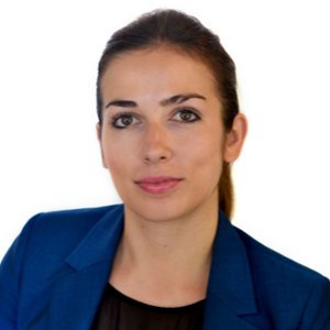 Catalina Secreteanu (Managing Director APAC of Sustainalytics)
